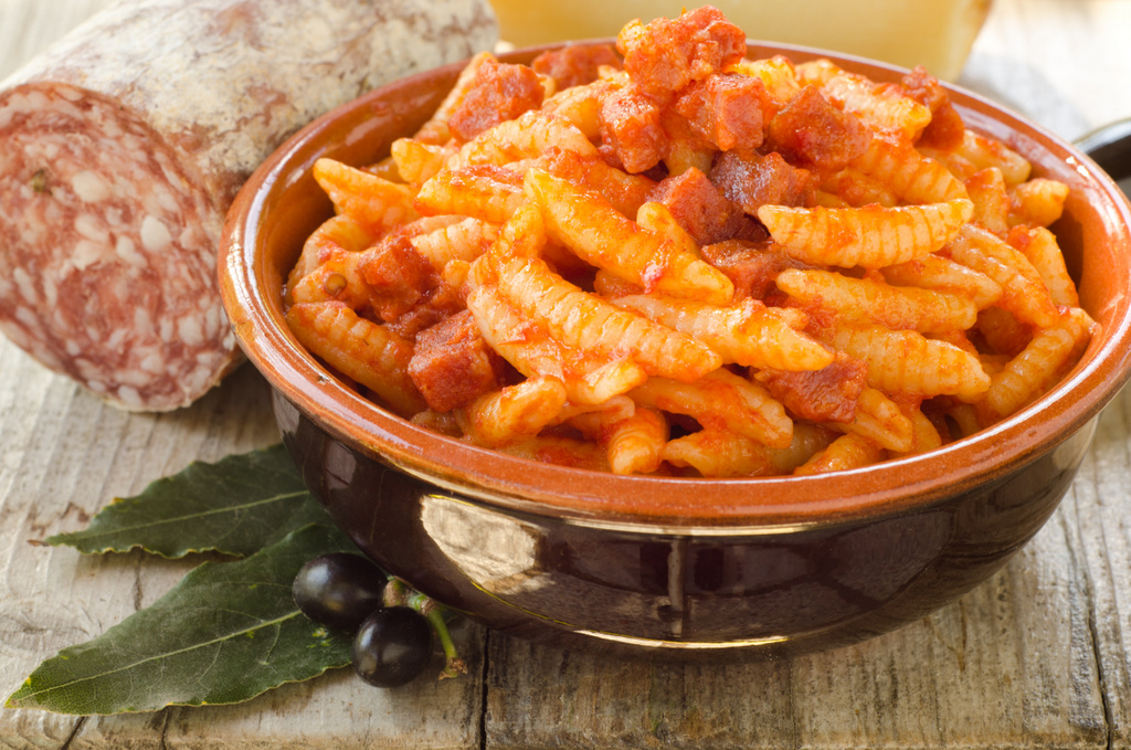 Cucina e primi piatti tipici della sardegna s 39 incantu for Piatti tipici della cucina romana